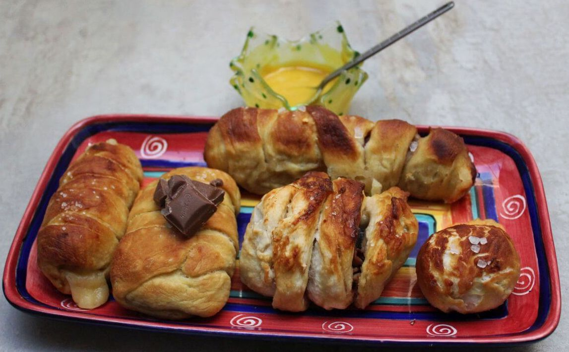 Yummy Stuffed Pretzels